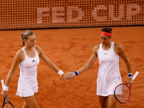 Fed Cup:  Le double décisif d'Australie-France en direct