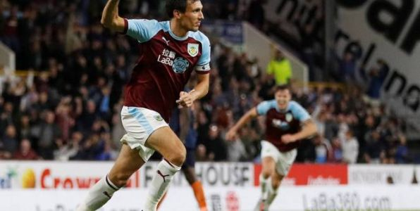 Foot - C3 - 3e tr. - Ligue Europa :  Burnley sort l'Istanbul Basaksehir, Braga éliminé