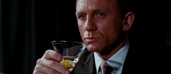 La science le confirme, James Bond boit beaucoup trop