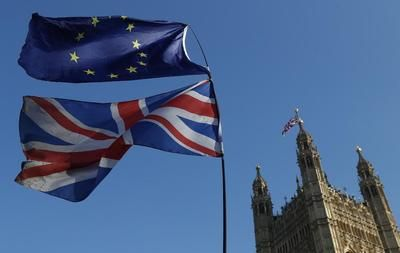 Londres accepte de prolonger de deux mois l'application provisoire de l'accord post-Brexit