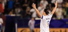 Football: Ibrahimovic claque un triplé dans le derby