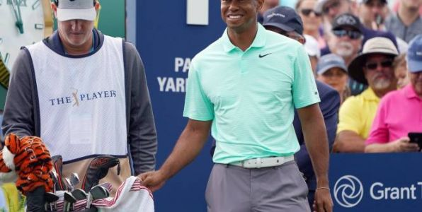 Golf - PGA Tour - Vidéo:  Tiger Woods et Kevin Na s'amusent au Players