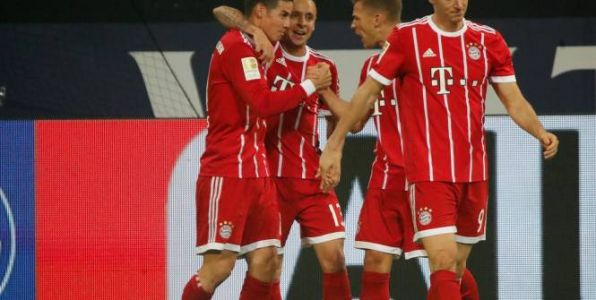 Foot - ALL - Un James Rodriguez des grands soirs porte le Bayern, Augsbourg sur le podium