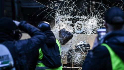 "VIDEO. Saint-Etienne et ses commerçants sous tension, avant l'""acte 5"" des ""gilets jaunes"""