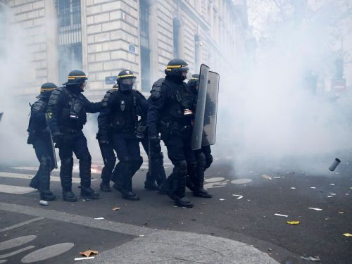 Incidents à Paris durant la manifestation contre la réforme des retraites