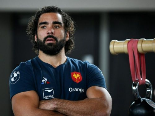XV de France: Huget, retour en force