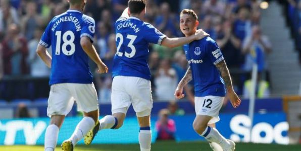 Foot - ANG - Angleterre:  Manchester United perd ses illusions en chutant lourdement (0-4) à Everton