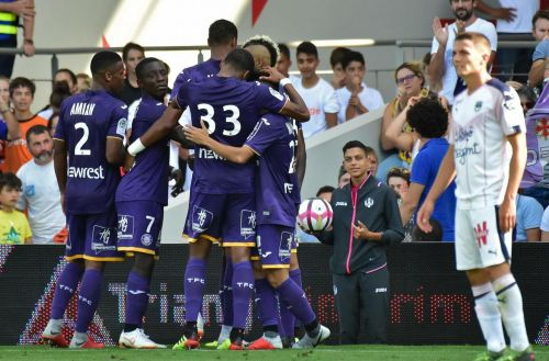 Ligue 1:  Toulouse enfonce Bordeaux (2-1)