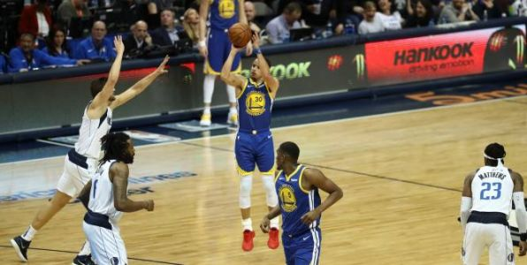 Basket - NBA - NBA:  Stephen Curry porte Golden State à Dallas