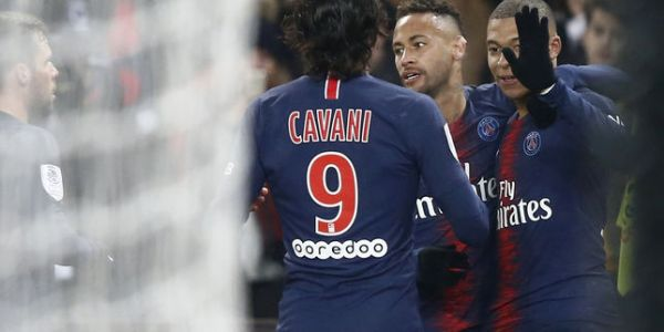 Football:  Le PSG ridiculise Guingamp mais perd Verratti