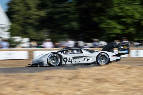 Volkswagen et Romain Dumas battent un record à Goodwood 2018