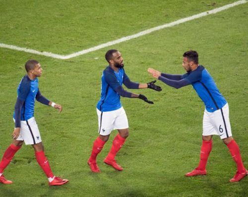 Football: suivez Allemagne-France en direct