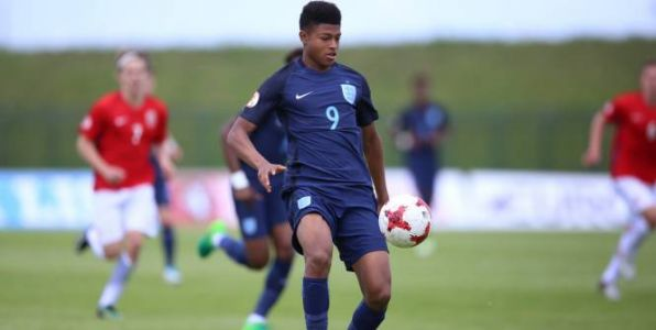 Foot - ANG - Liverpool - Rhian Brewster signe pro