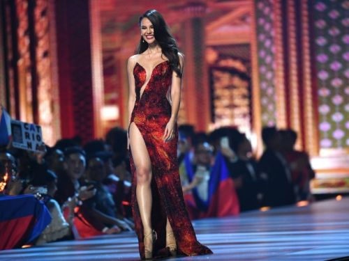 Miss Univers: Miss Philippines couronnée à Bangkok