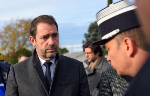 EN DIRECT - Gilets jaunes:  la mobilisation s'effrite, Christophe Castaner appelle à libérer les ronds-points