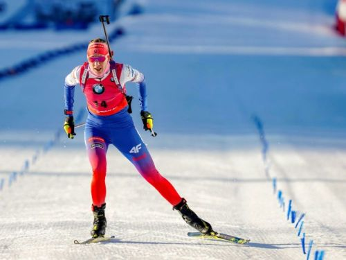 Biathlon: Kuzmina survole la poursuite
