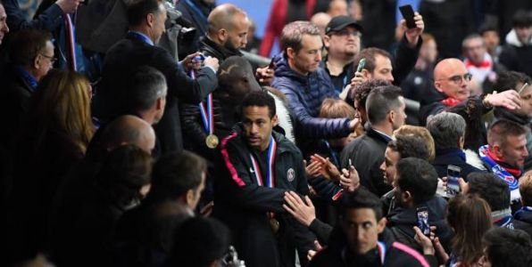 Foot - L1 - PSG - Altercation avec un supporter rennais au Stade de France : sanction maintenue pour Neymar