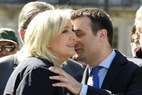 VIDÉO. Crise au FN: le divorce Le Pen-Philippot en six moments clés