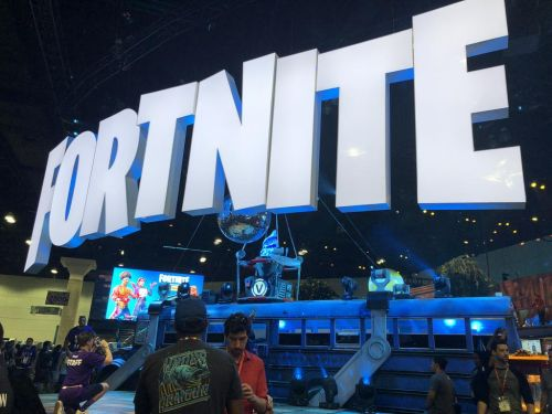 Fortnite en bataille ouverte contre Apple et Google