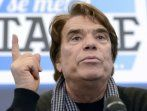 "Tapie: Macron a ""remis le mot ambition à la mode"" mais gare à ""l'entêtement"""