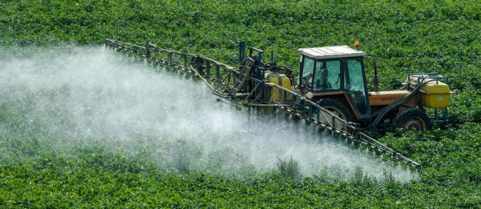 Pesticide : 70 intoxications et une autorisation en suspens