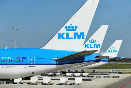 Coup de massue pour Air France-KLM:  KLM suspend tous ses vols long-courriers