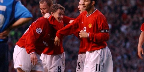 Foot - ANG - Ryan Giggs veut que Manchester United conserve Ole Gunnar Solskjaer