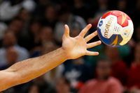 Hand: Paris prend le large