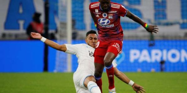 Ligue 1 : l'Olympique de Marseille s'impose contre Lyon (2-1)