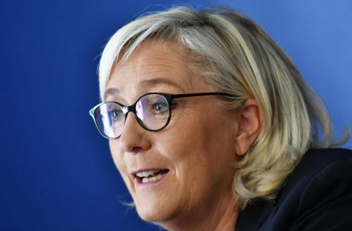 Assistants parlementaires du FN:  Marine Le Pen entendue par les juges