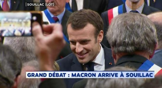 EN DIRECT - Grand débat national:  suivez la 2e étape d'Emmanuel Macron face aux maires d'Occitanie