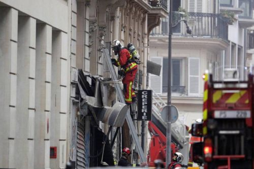 Explosion à Paris: six immeubles menacés d'effondrement, selon la mairie