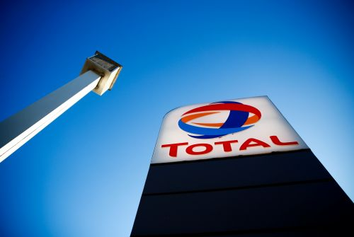 Hutchinson, filiale de Total, envisage 1000 suppressions de postes en France