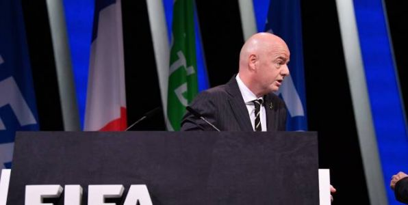 Foot - FIFA - FIFA : Gianni Infantino soutient les hommages à George Floyd