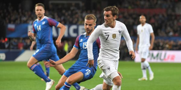 Football : les Bleus font match nul face à l'Islande
