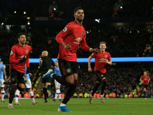 Angleterre: Manchester United terrasse City chez lui
