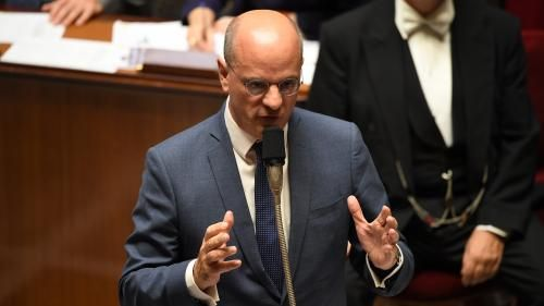 Jean-Michel Blanquer annonce la suppression de 1 800 postes dans l'Éducation nationale en 2019