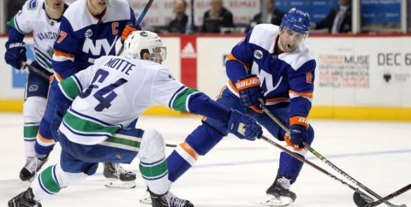 Hockey - NHL - Les New York Islanders font le show contre Vancouver