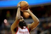 NBA: Houston terrasse les Lakers au bout du suspense