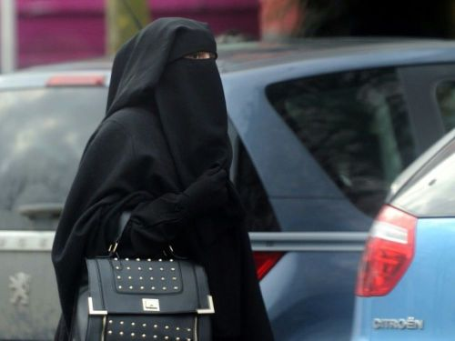 "Interdiction du niqab: La France ""condamnée"" par un groupe d'experts de l'ONU"