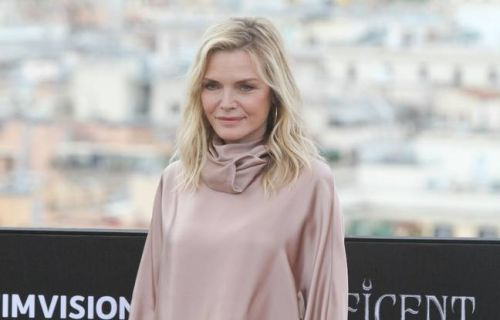 VIDEO. Michelle Pfeiffer se languit de ses enfants. Kim Kardashian n'a pas envie d'en avoir d'autres