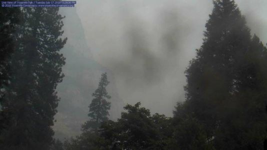 Un incendie menace le parc naturel de Yosemite en Californie
